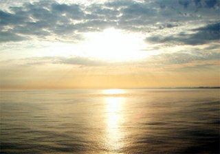Moře – východ slunce nad západní Evropou