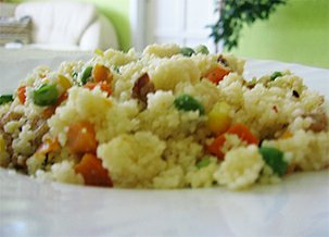 Kuskus s kuřecím masem a zeleninou