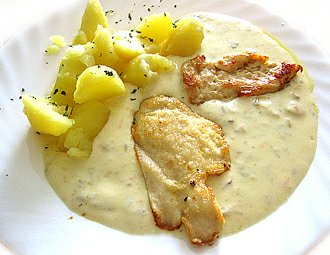 Omáčka z hlívy ustřičné, brambor, přírodní kuřecí plátek