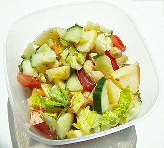 Zeleninový salát středomořské kuchyně