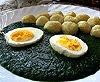 Špenát s vejcem a bramborovými knedlíky